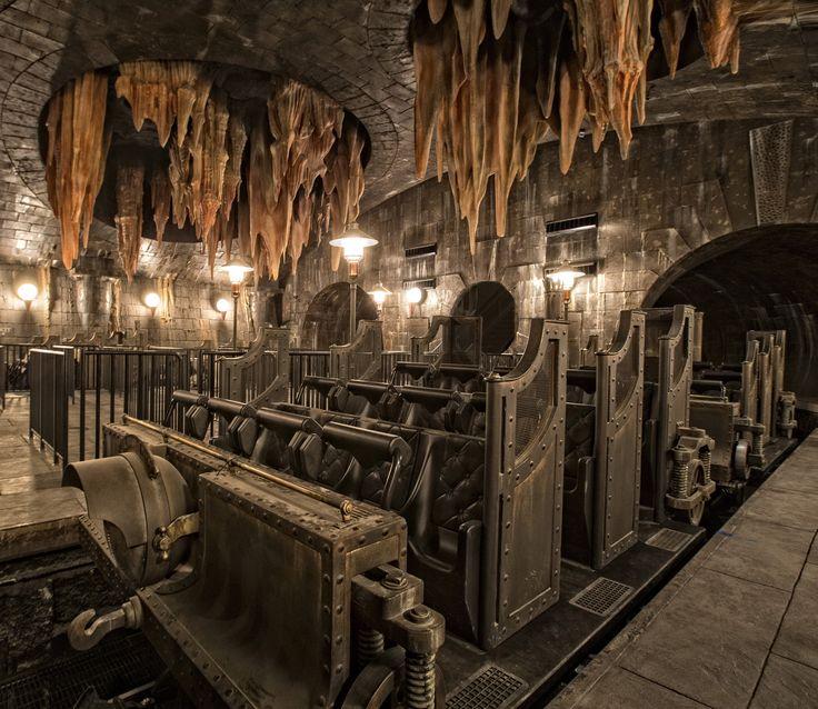 Escape from Gringotts cart - Diagon Alley Universal Studios Florida
