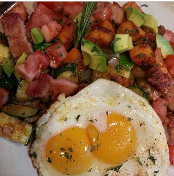 Sweet potato hash w/mushrooms, onions and bacon, topped with avocado ...