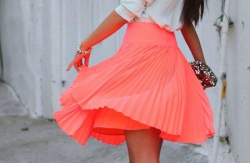 coral spinny skirt