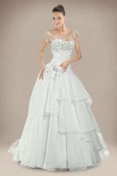 Extraordinary ball gown wedding dress in crystal and beading detail