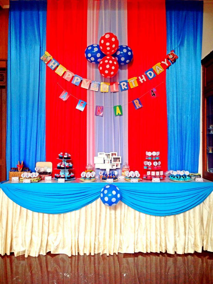 Thomas and friend Table dessert | Birthday | Pinterest