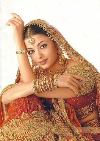 aishwarya rai wedding dress the bachan legacy