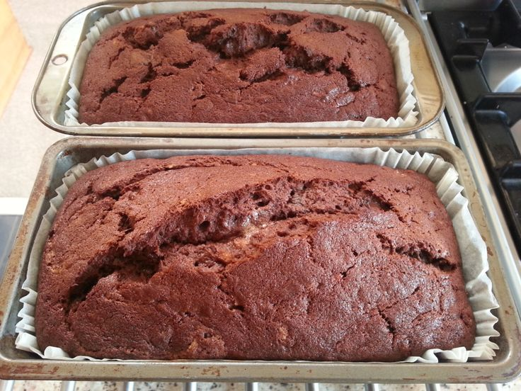 Double Banana Chocolate Loaf - Yummy! | bakewise | Pinterest