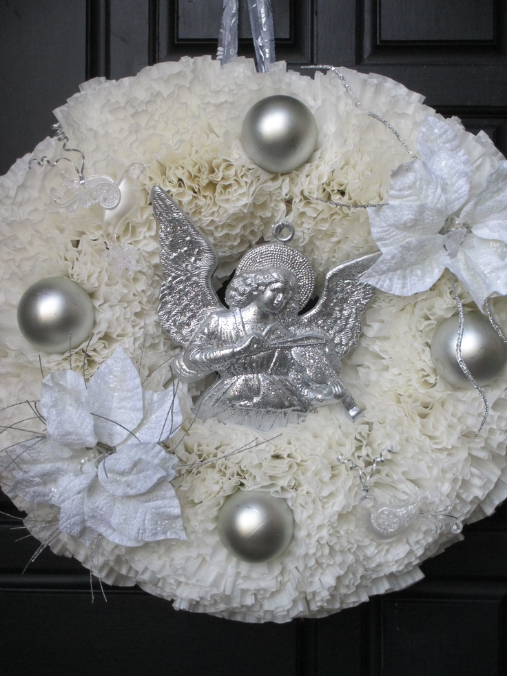 My Christmas Coffee Filter Wreath | Nothing But Wreaths | Pinterest