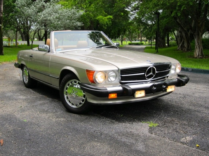 1988 mercedes benz 560sl car stuff pinterest for Mercedes benz 560sl