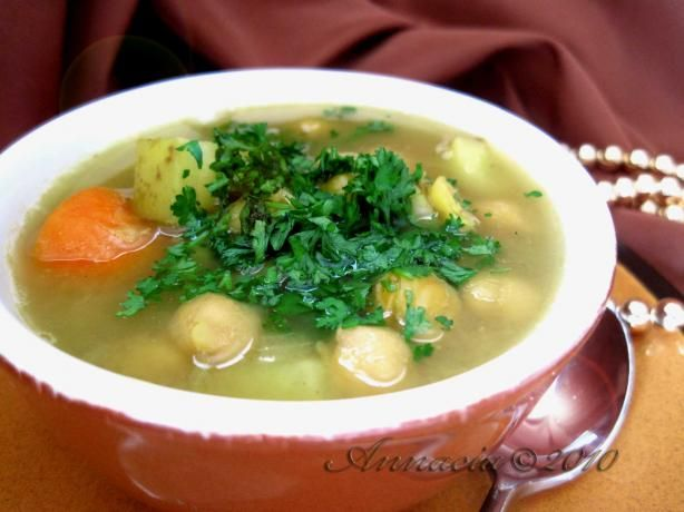 Moroccan Chickpea Soup. Need to try it :)