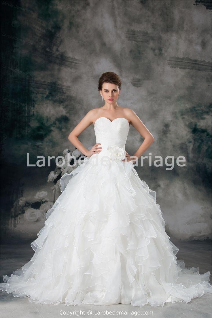 Robe-de-mariée-2014-princesse-décorée-de-fleur-à-la-main-et-de ...