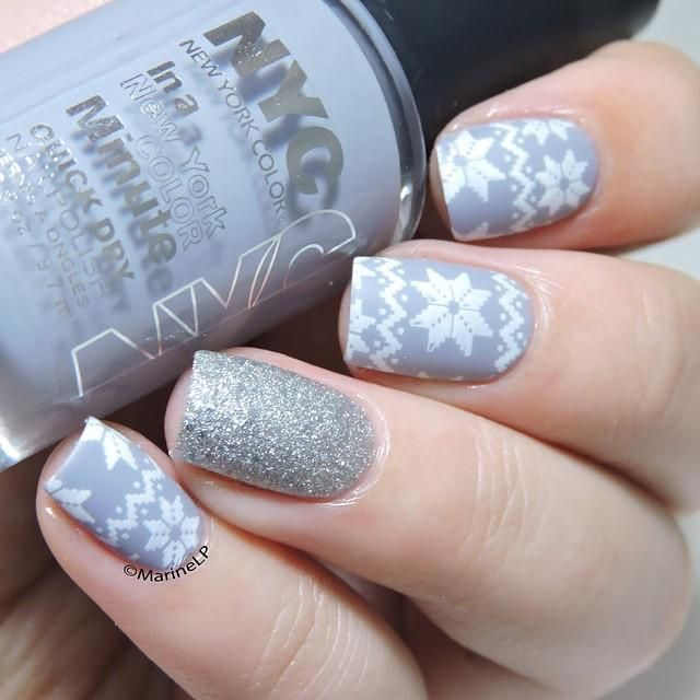 Snowy winter sweater nails