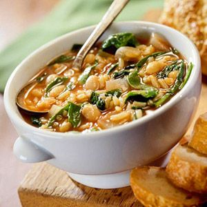Slow Cooker Savory Bean and Spinach Soup - 150 calories per serving From Fitness Magazine modify for vegan