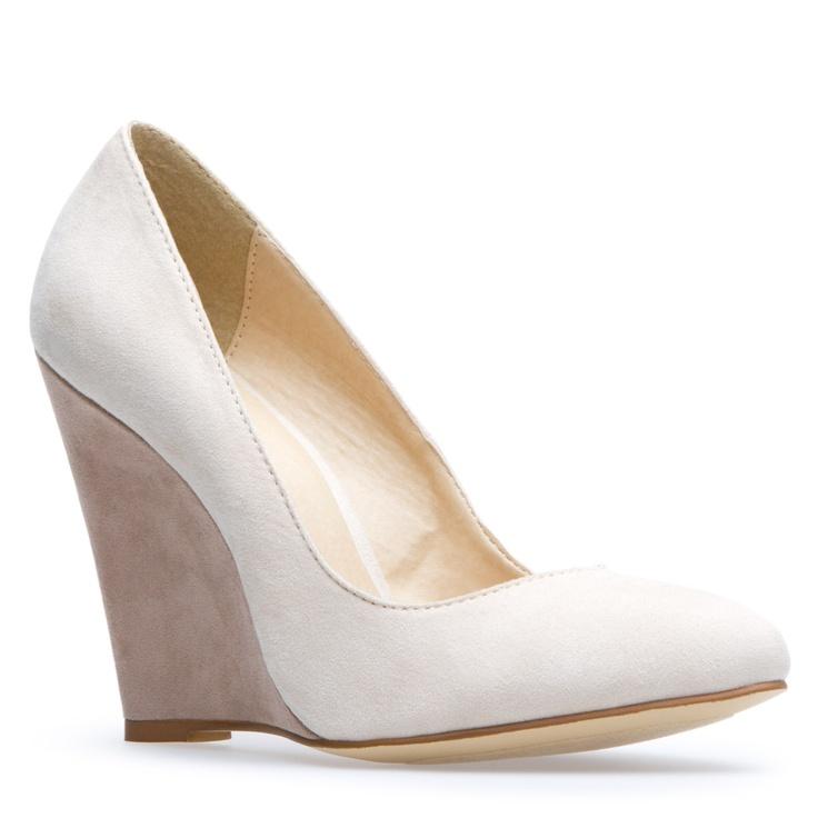Shoe dazzle $39.95