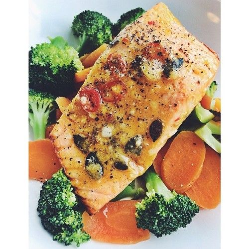 ! Grilled garlic chili #salmon with pumkin seeds and ginger, steamed ...