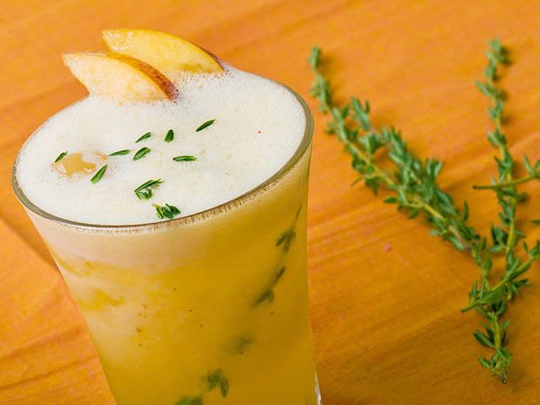 Peach Thyme Lemonade - non alcoholic http://www.seriouseats.com ...