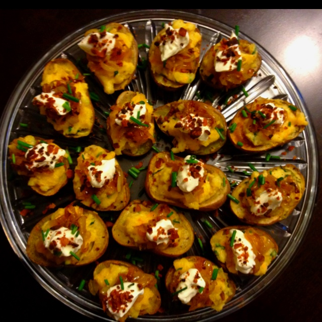 garlic, bacon and cheddar potato skins with caramelized onions, sour ...