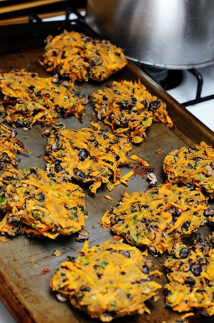 Spicy Black Bean cakes | healthy foods and recipes | Pinterest