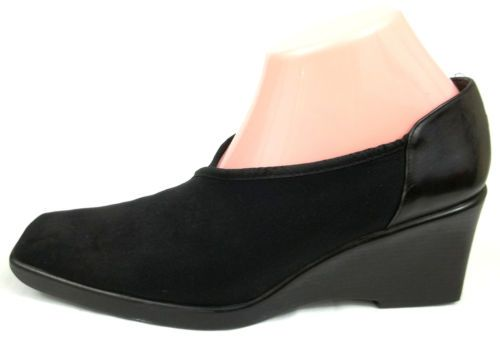 STUART WEITZMAN Black Classic Heels Pumps Dress Wedges Shoes WOMENS
