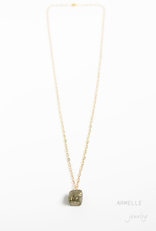 want it.  bad. #necklace #gold
