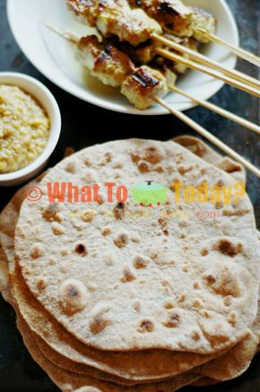 CHAPATIS / INDIAN FLAT BREADS (3 to 4 servings)   Recipe