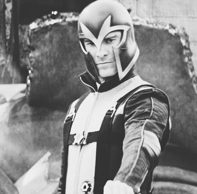 erik lehnsherr magneto - photo #19