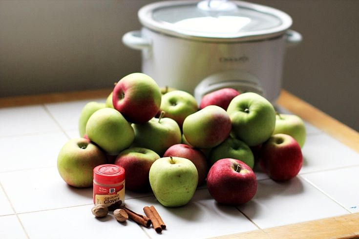 Overnight Apple butter, this recipe was easy, and super tasty! I made ...