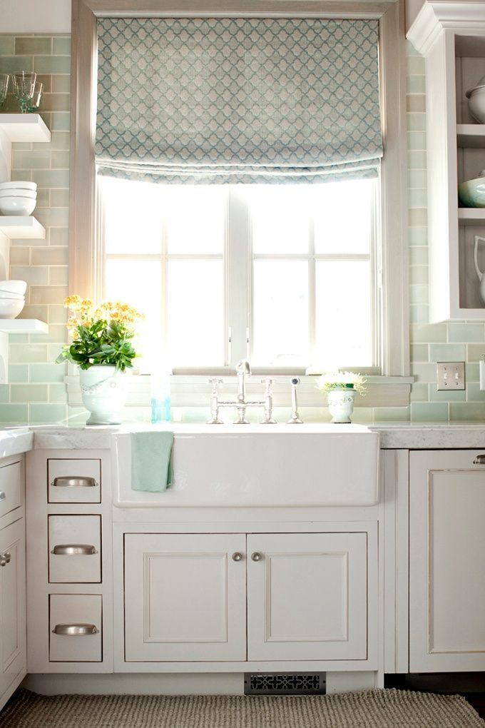 Kitchens With Farmhouse Sinks : Cottage Kitchen with Farmhouse Sink Home Classic ...
