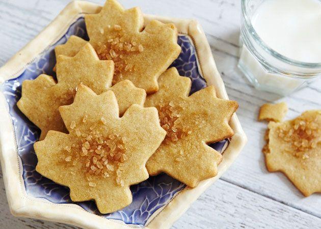 Maple Leaf Cookies   Sweet Goodness   Pinterest
