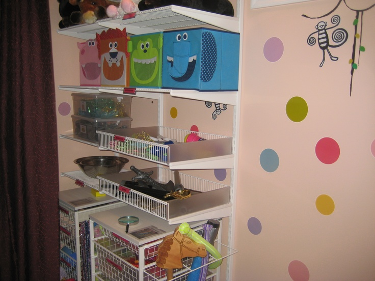 Pin by alejandra costello home organizing tips on toy for Kids toy rooms