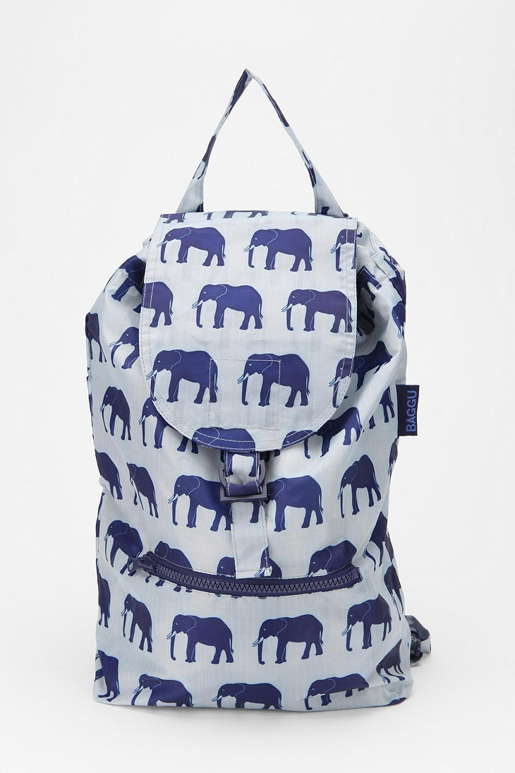 ... elephants I feel a strong desire to own everything with elephants on