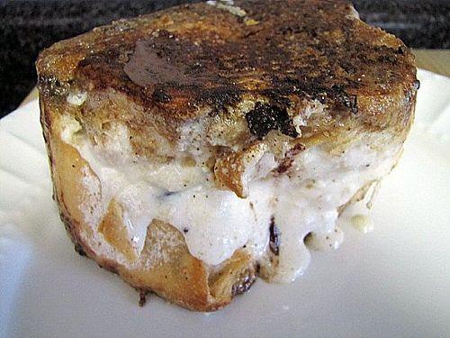 cannoli stuffed french toast | Food | Pinterest