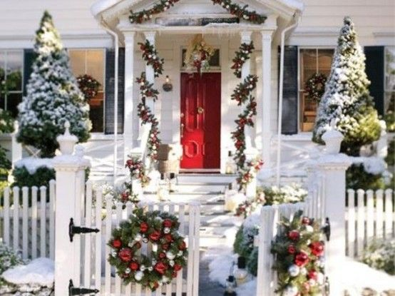 Outdoor Christmas Decorating Ideas  Bay Home  Pinterest