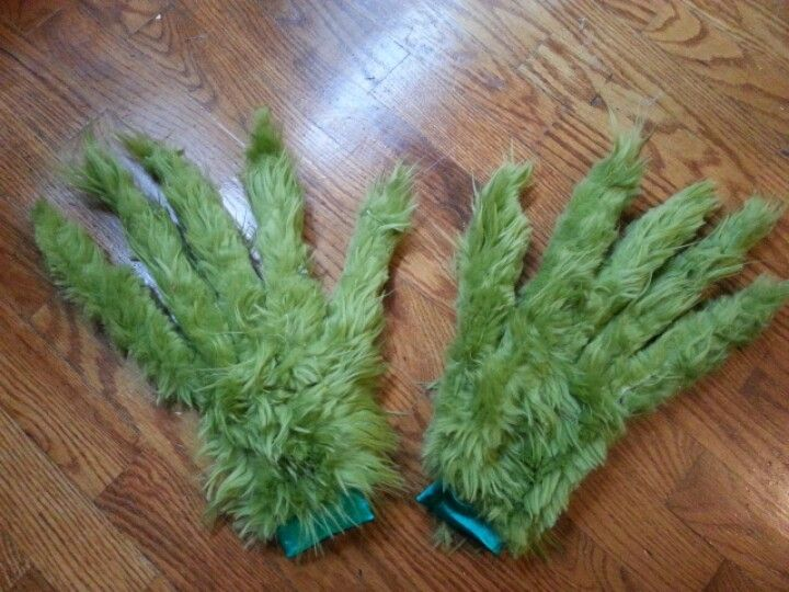 made these Grinch hands!!!! | Crafts and Nails by Brandy | Pinterest
