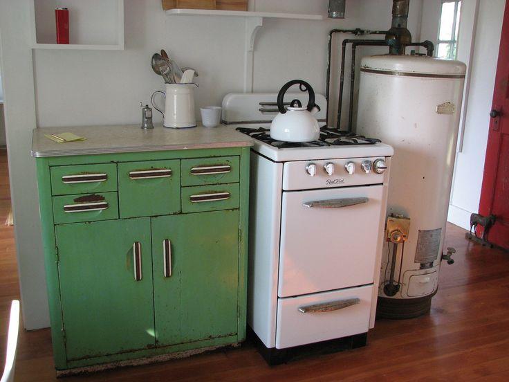 Cape Ann Cottage The Gray House Kitchen Original 1940s Appliances