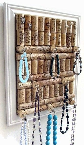 Cork jewelry board. I need to do this with all the corks I have and so I can see all my necklaces! I forget half of the ones that I have.