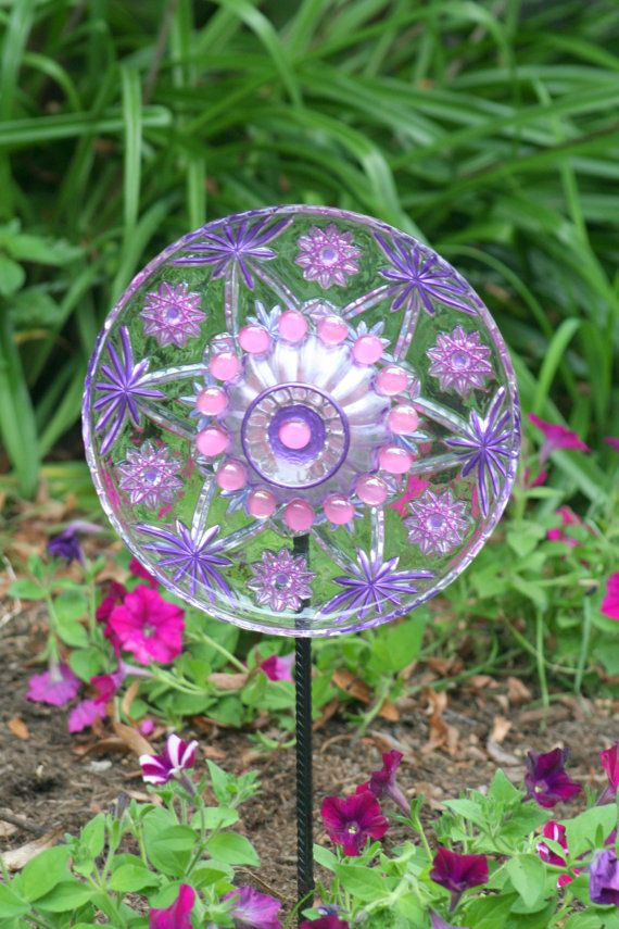 Pinterest discover and save creative ideas for Flower garden art