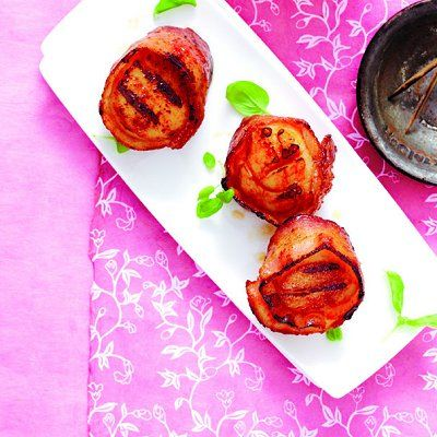 Grilled bacon-wrapped scallops - Chatelaine Recipes