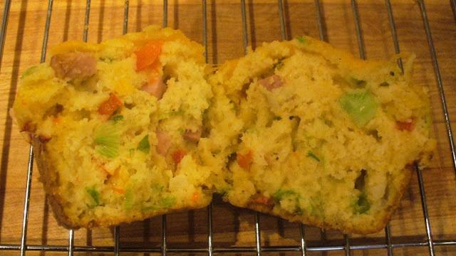 Junque 'N My Trunk: Ham & Cheese Cornbread Muffins