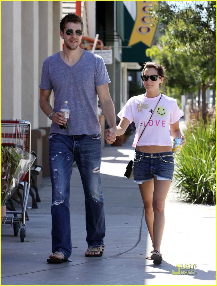 Tall guys dating short girl