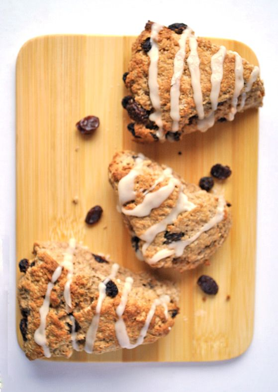Cinnamon Bun Raisin Scones | Recipe