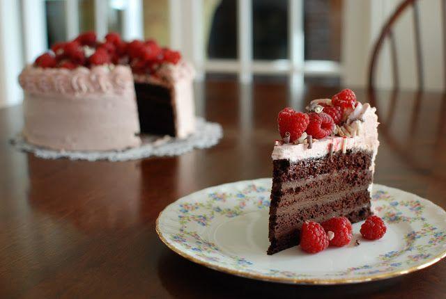 Simply So Good: Chocolate Cake with Raspberry buttercream