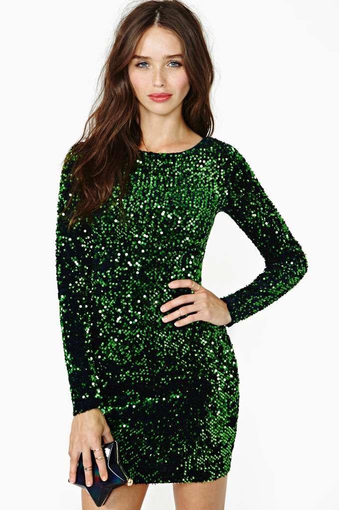 Sparkling green dress in mini skirt