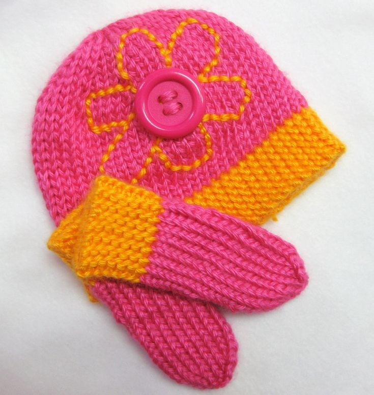 Knitting Patterns For Cute Hats : Cute as a Button Preemie Hat knitting Pinterest