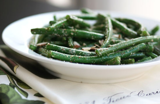 toasted almond green beans with coconut oil