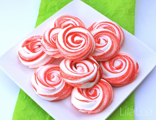Peppermint Meringue Cookies from LilaLoa inkatrinaskitchen.com # ...