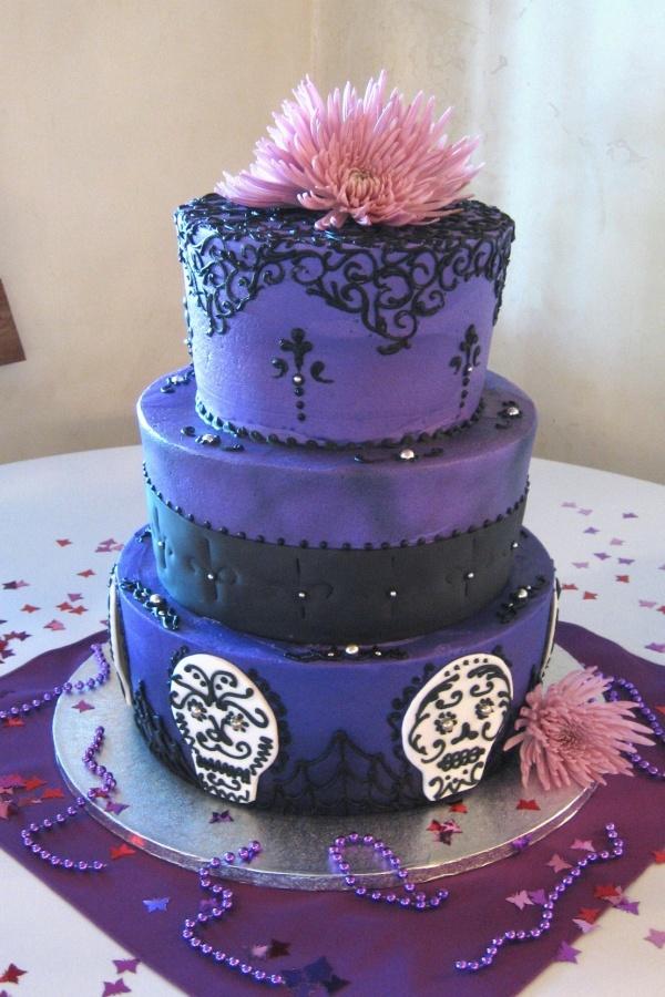 Purple And Black Gothic Wedding Cake Noms Porn Pinterest