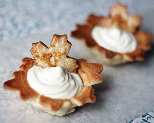 Maple mousse in maple cookie cups | Holiday: Canada Day | Pinterest