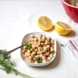 Lemon + Dill Chickpea Salad | herb garden recipes and tips | Pinterest