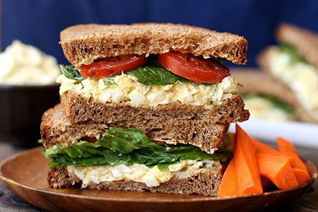 Simple & delicious egg salad sandwiches from @nestfresheggs | via ...