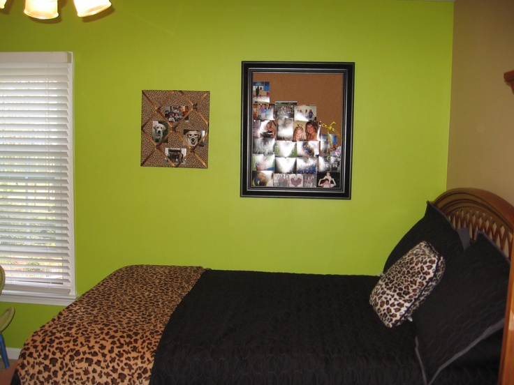 Gallery for lime green accent wall bedroom - Lime green walls in bedroom ...