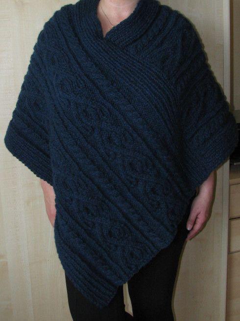 Aran poncho Yarnery - Breien/Knitting Haken/Crochet Pinterest