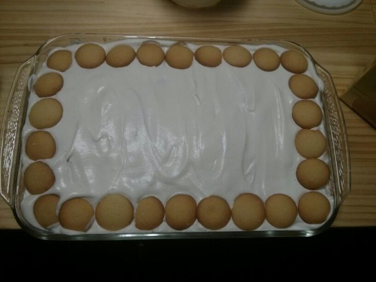 Nilla wafer banana pudding with a twist... Start with a layer of Nilla ...
