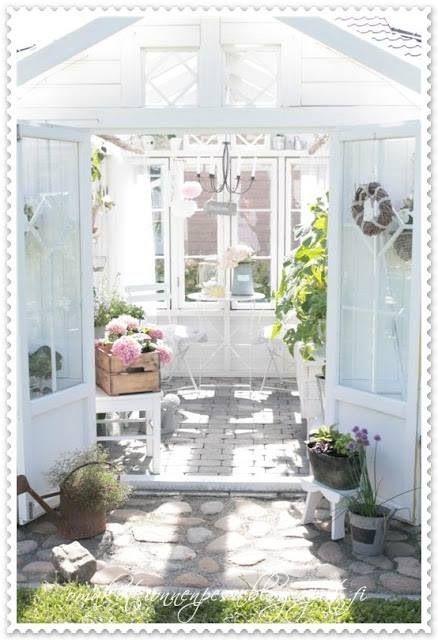 Shabby chic Garden flowers Pinterest